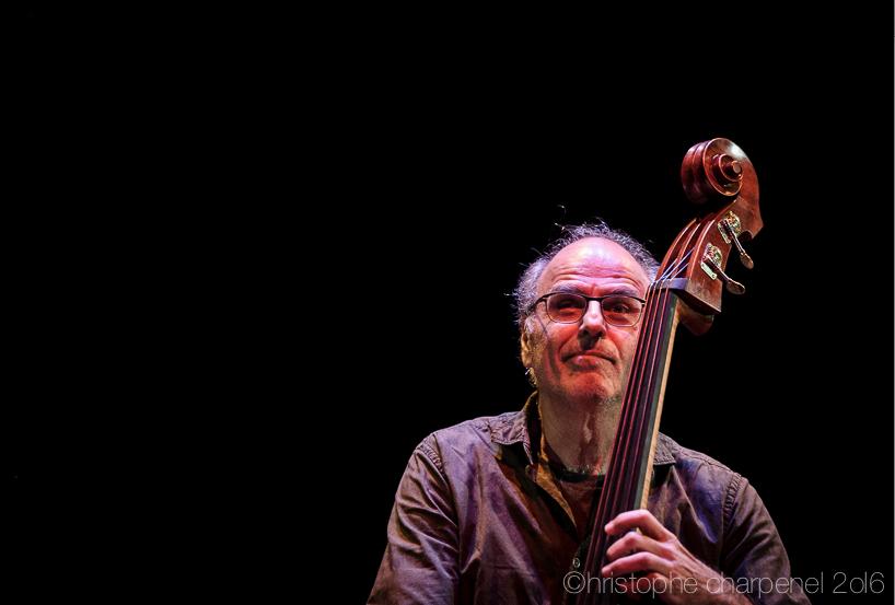 Michel Bénita en concert à l'AmphiJazz de Lyon