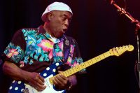 Blues, clap de fin à Jazz à Vienne avec Buddy Guy