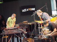 Jazz à Vienne-John Scofield et Brad Mehldeau: le jazz-rock pour prétexte